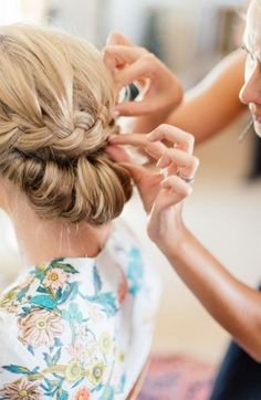 How To Do Wedding Updo Hairstyles