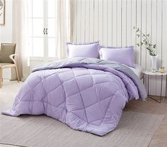 Consider Orchid Petal Alloy XL Full size bedding sets when you buy comforter online. Light purple best comforter at bedding stores to upgrade to cozy soft bedding Full XL. Select Orchid Petal oversized Full comforter sets and comfortable bed comforters. Purple Comforter, Twin Comforter, Purple Bedding Sets, Purple Bedrooms, Teen Girl Bedrooms, Teen Bedroom, Purple Bedroom Decor, Girl Rooms, Master Bedroom