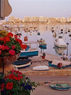 Malta l Malta Direct will help you plan an unforgettable trip Beautiful Islands, Beautiful World, Wonderful Places, Beautiful Places, Malta Gozo, Site Archéologique, Malta Island, Little Island, Journey