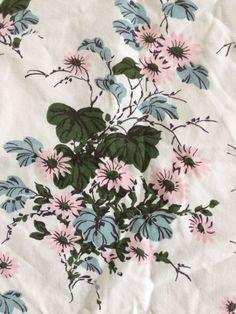 Rare Vintage Pink Daisy Flowers Aqua Leaves Wilendur Tablecloth
