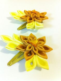 Kanzashi hair clip with rhinestone gold and yellow by RoseGirlAccessories