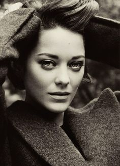 "Marion Cotillard as Sarafel, the female version of the Power of Love in ""The Wolf at the Door"""