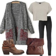 Grey sweater and leggings w/ cute t-shirt and boots. Hipster Outfits, Hipster Fashion, Casual Outfits, Cute Outfits, Hipster Clothing, Rock Outfits, Fashion Outfits, Punk Fashion, Fall Winter Outfits