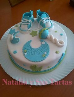 Torta bienvenida o baby shower Torta Baby Shower, Baby Shower Cake Pops, Baby Shower Cakes For Boys, Baby Boy Cakes, Baby Boy Shower, Fondant Baby, Fondant Cakes, Cake Decorating Techniques, Cake Decorating Tips