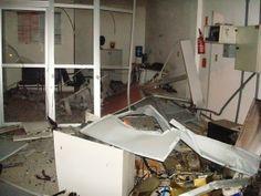 Blog do Diogenes Bandeira: Bandidos explodem caixa eletrônico e destroem agên...