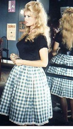 Rockabilly Corsage Satin Corsage en années 50er Style avec froufrous bustier corset