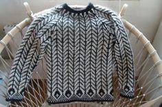 Påfuglesweater i 100 % ren islandsk uld
