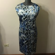 Anne Klein Size 12  silky dress Preowned in good condition no stains ,pull    Very light for hot summer days.Knees length,washable ... Anne Klein Dresses