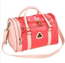 """All the cool girls had this bag for school.  I was not one of the cool girls. i had a pure white one which ended up covered in """"mentchies"""""""