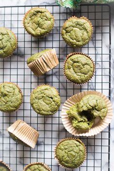 Oatmeal Green Smoothie Muffins are the perfect make ahead easy veggie-loaded recipe for breakfast! Naturally gluten free and dairy free, these delicious muffins are Kid-friendly and a super healthy way to start your day! Healthy Muffins, Healthy Snacks, Healthy Recipes, Healthy Smoothies, Muffin Recipes, Baby Food Recipes, Spinach Muffins, Vegetable Muffins, Snacking