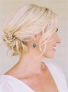 wedding-hair-updo-hair-accessories-LOVE.