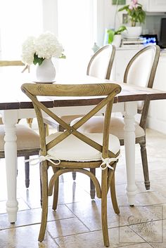 Shabbyfufu: Crushing On Combining Chairs...In The Dining Room