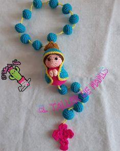 Crochet Stitches, Crochet Patterns, Santa Ornaments, Crochet Dolls, Crochet Necklace, Saints, Angeles, Knitting, Candle Art