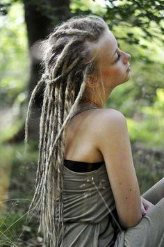 beautiful dreads.