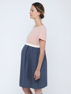 Robe de grossesse coupe empire bicolore bleu et rose clair Cameo PAULA JANZ - Photo
