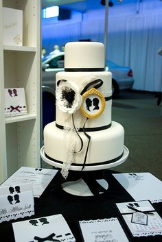 Silhouette Wedding Cake by Sucre Coeur - Eats & Ink, via Flickr