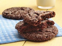 Quick-Mix Chocolate Cookies (I wonder if these would taste like Archway's Dutch Cocoa cookies!)