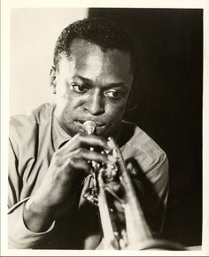 Jazz Artists, Jazz Musicians, Music Icon, Art Music, Music Genre, Jewish Comedians, The Ink Spots, Black Actors, Miles Davis