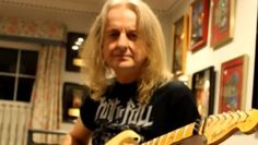 """Video: Ex-JUDAS PRIEST Guitarist K.K. DOWNING Plays 'Before The Dawn' Solo Improvises Video: Ex-JUDAS PRIEST Guitarist K.K. DOWNING Plays 'Before The Dawn' Solo Improvises        New video footage of former  JUDAS PRIEST  guitarist  K.K. Downing  playing the solo in the band's classic song  """"Before The Dawn""""  and improvising can be seen below.         Downing  who is a founding member of the British heavy metal legends and was part of the group since 1969 announced his retirement from…"""