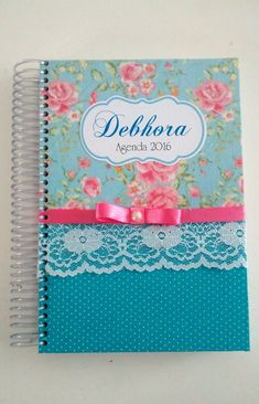 Agenda 2016 - Floral com Azul Tiffany Diy Decorate Notebook, Notebook Diy, Notebook Covers, Notebook Design, Paper Crafts For Kids, Diy And Crafts, Cookbook Cover Design, Altered Composition Notebooks, Post It Note Holders