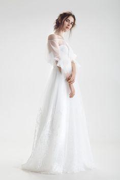 Gala Dresses, Bridal Dresses, Wedding Gowns, Evening Dresses, Flower Girl Dresses, Bridesmaid Dresses, Wedding Dress Sleeves, Lovely Dresses, Bridal Looks