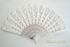Lace wedding hand fan in IVORY ecru victorian by ModernCrochetClub, $45.00