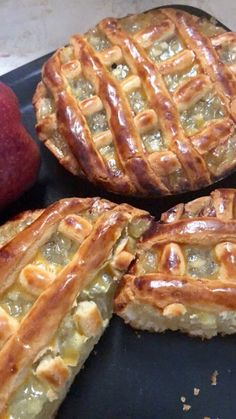 Apple Pie, Banana Bread, Food And Drink, Cake, Desserts, Apple Pie Cake, Tailgate Desserts, Apple Cobbler, Deserts