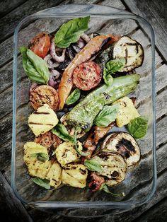 Veggie BBQ  + Houmous and Bread ...