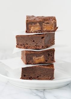 Rolo brownie recipe ~ She also gives a few variations she's made with the recipe