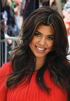 love Kourtney Kardashian's hair!