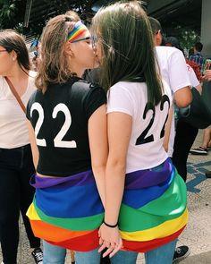 Pair of Brunette Lesbians Loving the Tub