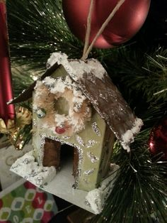 Ken's World in Progress: Glitter Houses add Vintage Style to your Holiday Decor