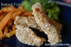 Easy Baked Fish Sticks and more of the best easy baked fish recipes on MyNaturalFamily.com #fish #recipe