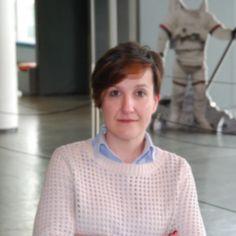 Charla sobre Precipita y crowdfunding científico en España con Isabel Méndez. #FinanciaciónColectiva #CrowdfundingCientífico Socialism, Small Talk