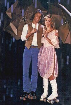 Olivia Newton-John and Michael Beck in Xanadu Iconic 80s Movies, Olivia Newton John Grease, Michael Beck, Grease Movie, Hippie Costume, 50s Costume, John Travolta, Fashion Images, Hollywood Celebrities