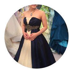 カラードレス 形も色もすごくツボ 素敵なドレスばっかりでどんどん迷子 後ろがシンプルかな #jillstuart #プレ花嫁  #カラードレス #カラードレス試着 #カラードレス迷子  #2016秋婚 #結婚式準備  #女に産まれてよかった by saki161119