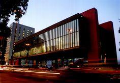 O Museu da Arte de São Paulo (MASP) é um dos mais conhecidos do país, principalmente pelas obras reconhecidas no mundo inteiro e com grande valor histórico. Conheça: www.clickbus.com.br/pt/destino-sp-sao-paulo