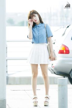 Secret Hyosung simple and cute airport fashion