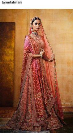 Indian Bridal Wear Pink Tarun Tahiliani Ideas For 2019 Indian Wedding Gowns, Muslim Wedding Dresses, Indian Bridal Outfits, Indian Bridal Lehenga, Indian Bridal Fashion, Indian Bridal Wear, Indian Gowns, Pakistani Bridal, Bridal Dresses