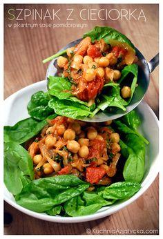 Szpinak z cieciorką w pikantnym sosie pomidorowym © KuchniaAzjatycka.com