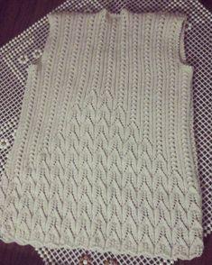Knit Baby Sweaters, Baby Knitting, Lace, Fashion, Dots, Moda, Fashion Styles, Baby Knits, Racing