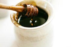 Honig-Sahne Gesichtsmaske für die trockene Haut