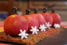 Entremets Boules de Noël (vanille / pommes / caramel / spéculoos) – La Fée Carobosse en cuisine Baby Food Recipes, Cooking Recipes, Cake Shop, Xmas, Christmas, Caramel Apples, Food Art, Cake Decorating, Deserts