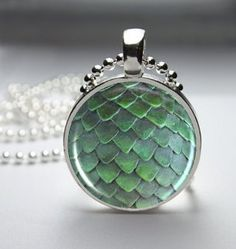 Game of Thrones Green Dragon Egg Pendant Necklace