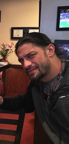 😘😘😘😘😍😍😍😍 and sexy as hell Roman Reigns Shirtless, Wwe Roman Reigns, Roman Reigns Family, Wwe Superstar Roman Reigns, Roman Warriors, Roman Reings, Gemini Zodiac, Wwe Superstars, Roman Empire