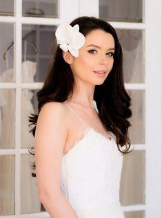 Bridal Hair Flowers, Silk Flowers, Bridal Hair Accessories, Drop Earrings, Fashion, Moda, Fashion Styles, Bridal Hair Jewellery, Drop Earring