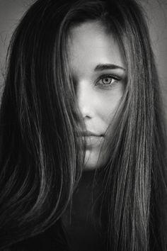 #photo #bw #girl #face #deep #глубина #взгляд #девушка #лицо