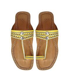 Sandale indienne jaune DLC-W-071 par kolhapurichappals sur Etsy