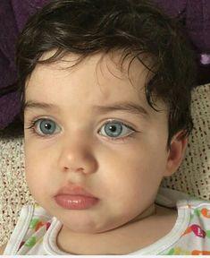 Bem vindo ao mundo Lorenzo Cabello Lauren G!p # Fanfic # amreading # books # wattpad Cute Little Baby, Little Babies, Dad Baby, Baby Kids, Beautiful Children, Beautiful Babies, Baby Pictures, Baby Photos, Funny Babies