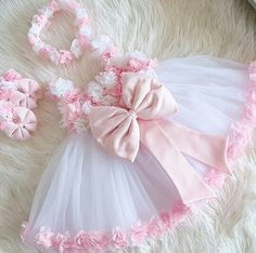 Pretty Round Neck Cap Sleeve Tulle Flower Girl Dresses With Beading Baby Girl Birthday Dress, Baby Girl Party Dresses, Dresses Kids Girl, Kids Outfits, Tulle Flower Girl, White Flower Girl Dresses, Baby Frocks Designs, Baby Girl Dress Patterns, Kids Gown